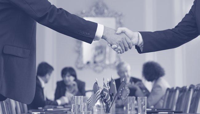 Мнение:  стоит НКО самим научиться помогать чиновникам быть более эффективными?